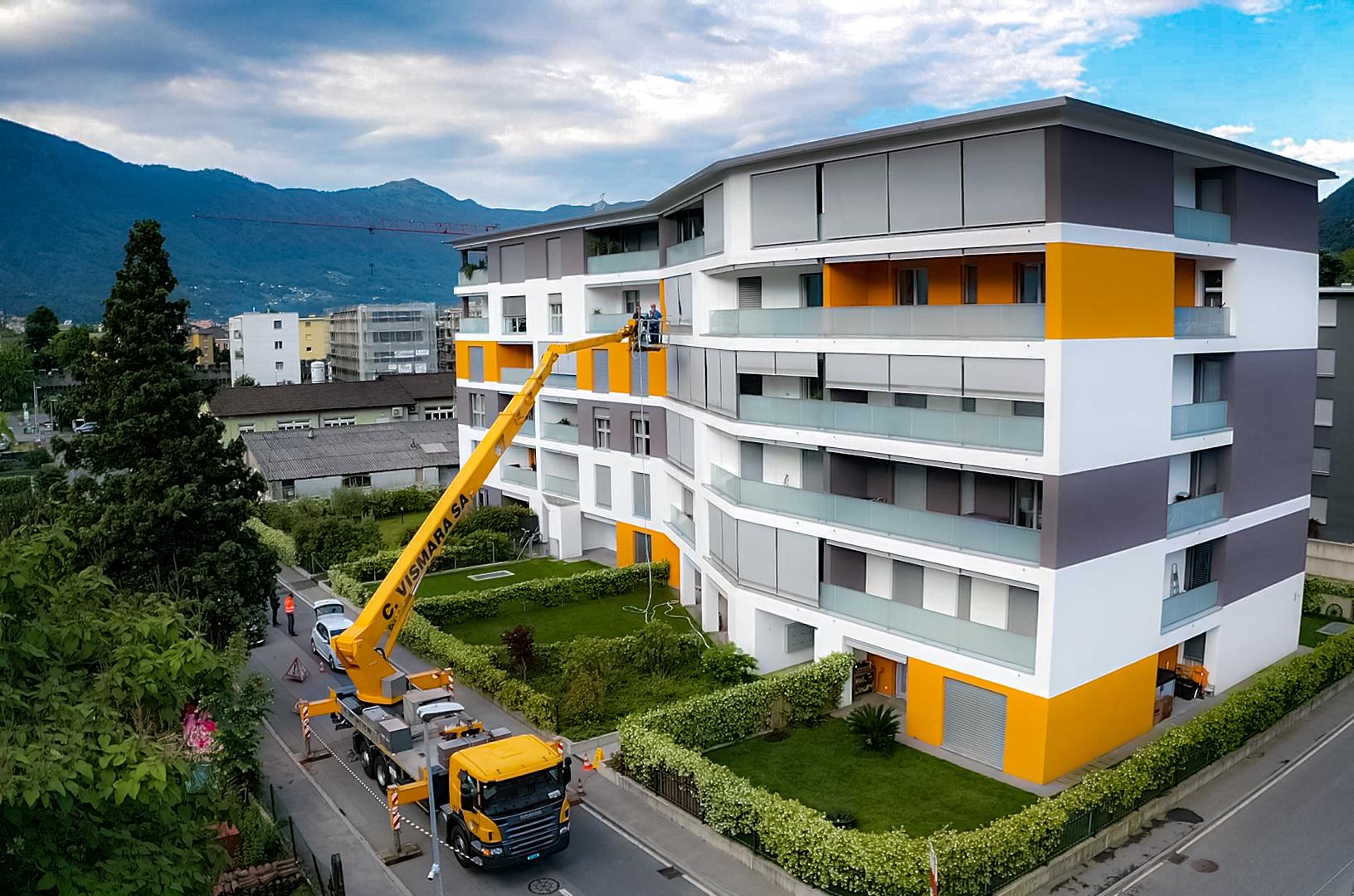 La nostra Wumag al lavoro per la pulizia di un palazzo a Bellinzona, Svizzera