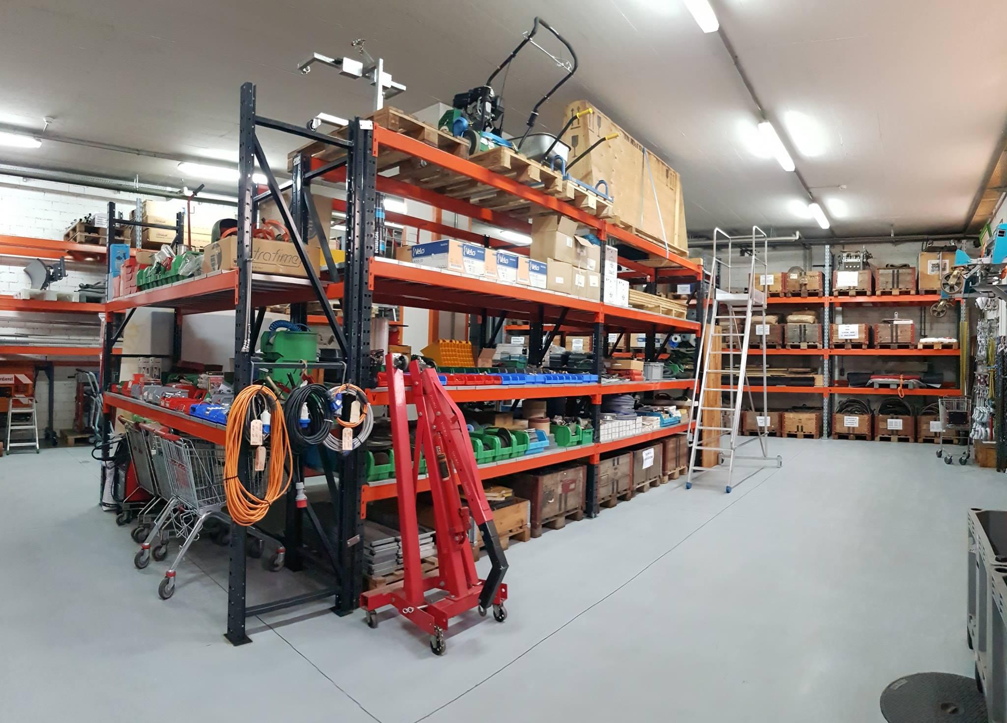Deposito e custodia di attrezzatura nei magazzini della Camillo Vismara SA